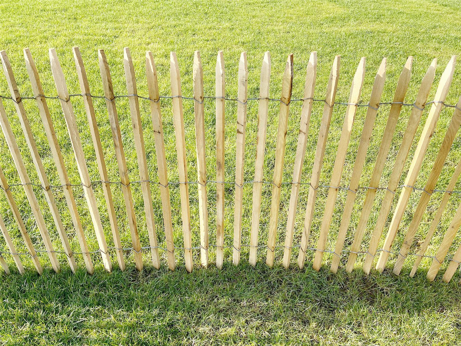 Premium Staketenzaun Robinie (gesägt) - Länge 5 Meter, Höhe, 100 cm, Lattenabstand 6-7 cm