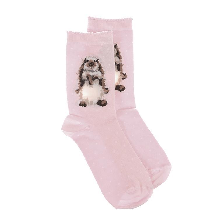 """Wrendale Socken """"Earisistible"""", Motiv Hase steht aufrecht, rosa mit weißen Punkten, aus Super Soft Bambus, Einheitsgröße, mit Geschenktasche"""