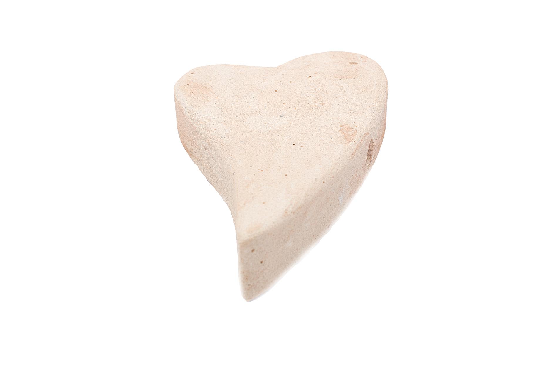 Sandsteinherz, geschwungen mit Bohrung, 21x12x3,5cm