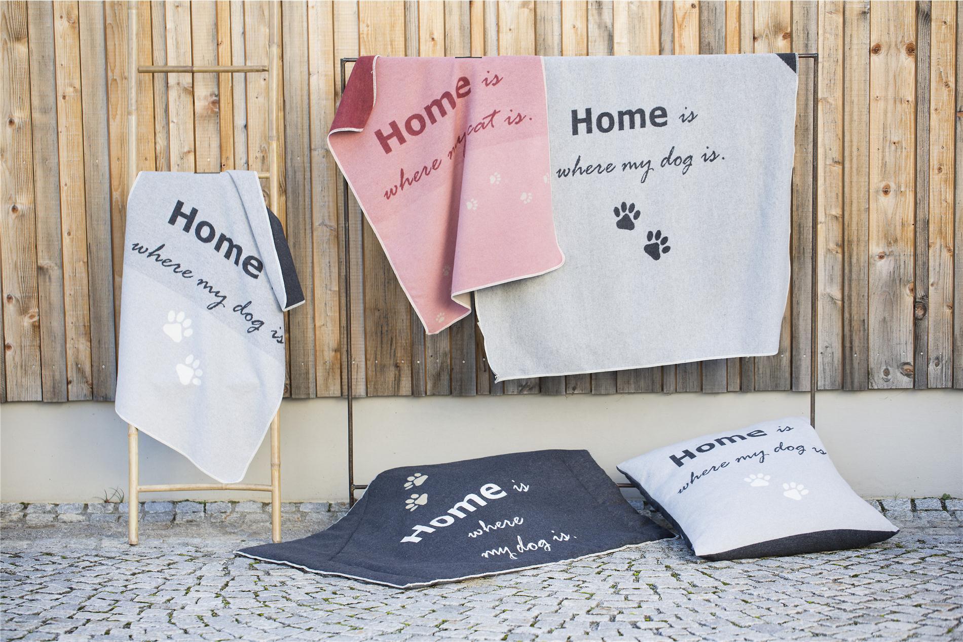 "DAVID FUSSENEGGER Decke , Haustierdecke,"" home is where my cat is"", rouge/altrosa 70x90 cm"