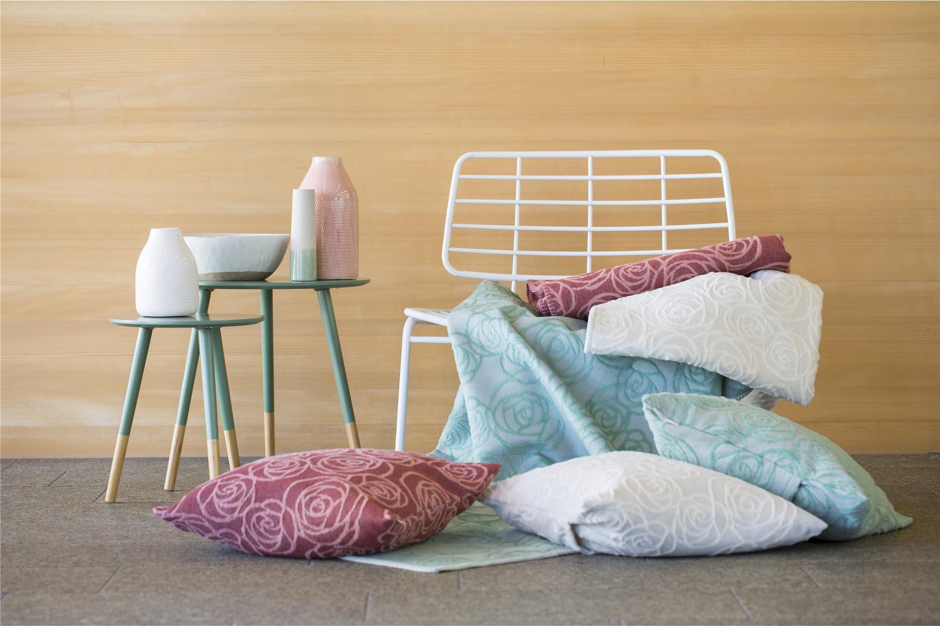 "DAVID FUSSENEGGER Decke Deco, Plaid, ""Rosen"", glasgrün, 130x200 cm"