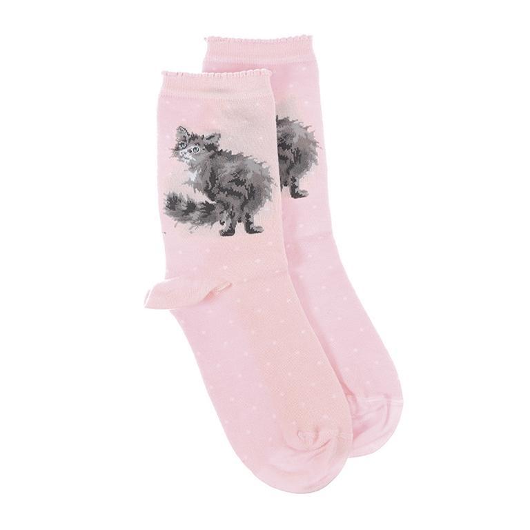 """Wrendale Socken """"Glamour Puss"""", Motiv Katze guckt nach hinten, rosa mit weißen Punkten, aus Super Soft Bambus, Einheitsgröße, mit Geschenktasche"""
